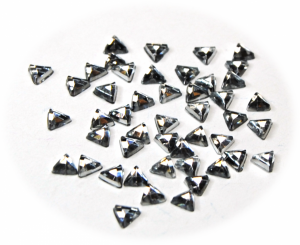 Kamínky trojúhelník stříbrná