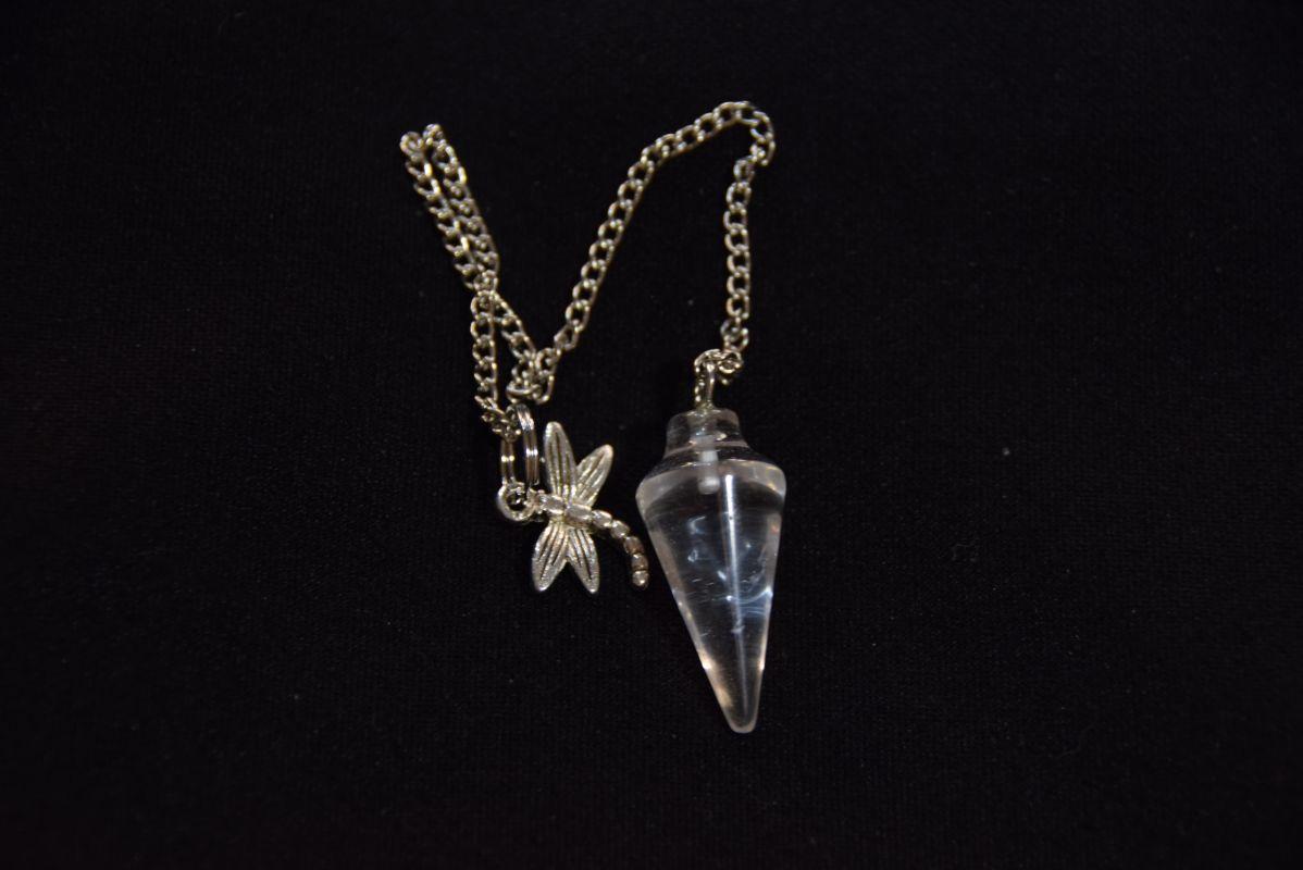Kyvadlo krystal s řetízkem a přívěskem
